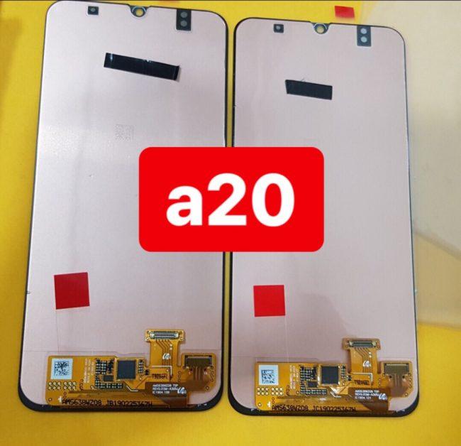 Thay màn hình Samsung Galaxy A20 uy tín chất lượng