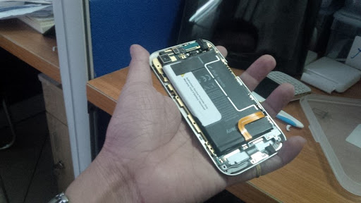 thay thế chân sạc Blackberry tại Hà Nội